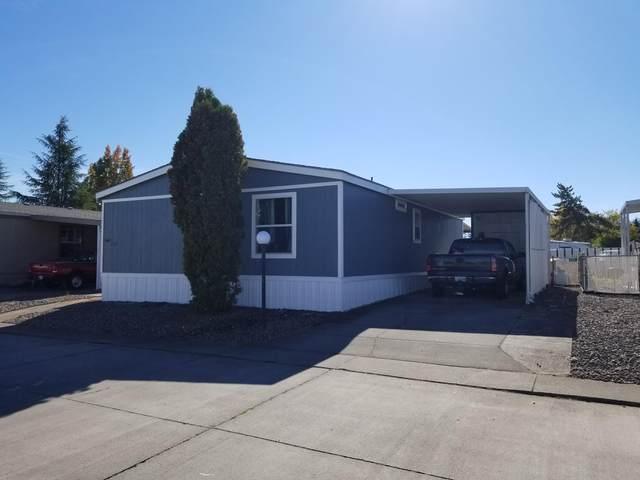 721 Nita Lynne, Medford, OR 97501 (MLS #220111175) :: Rutledge Property Group