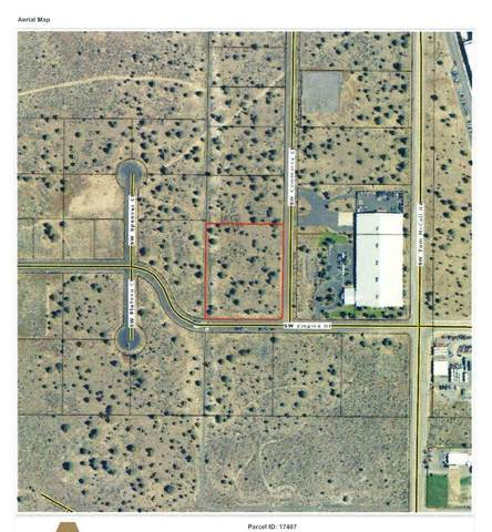 Lot 800 SW Commerce Court, Prineville, OR 97754 (MLS #220111198) :: Fred Real Estate Group of Central Oregon