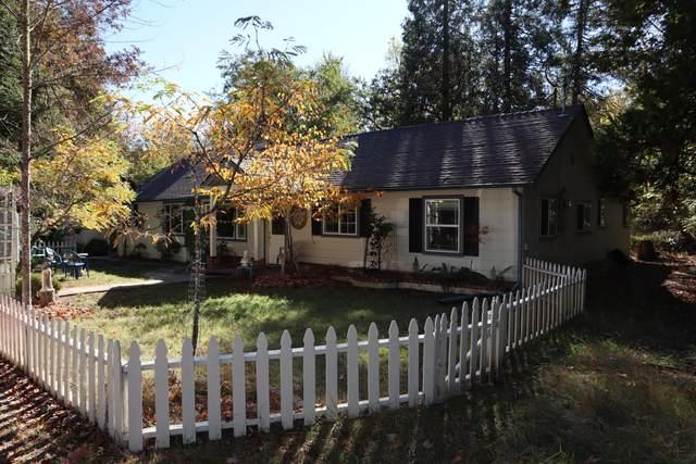 1685 Cedar Flat Road, Williams, OR 97544 (MLS #220111244) :: Rutledge Property Group