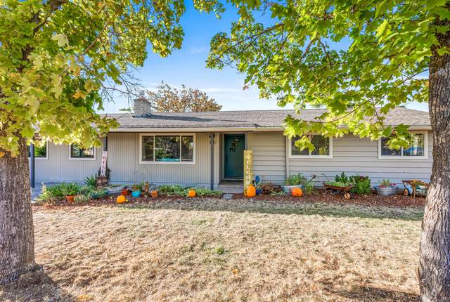 837 Glendower Street, Ashland, OR 97520 (MLS #220111245) :: The Ladd Group