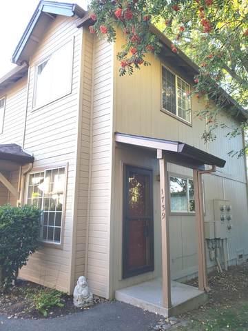 1739 Siskiyou Boulevard, Ashland, OR 97520 (MLS #220111279) :: Bend Relo at Fred Real Estate Group