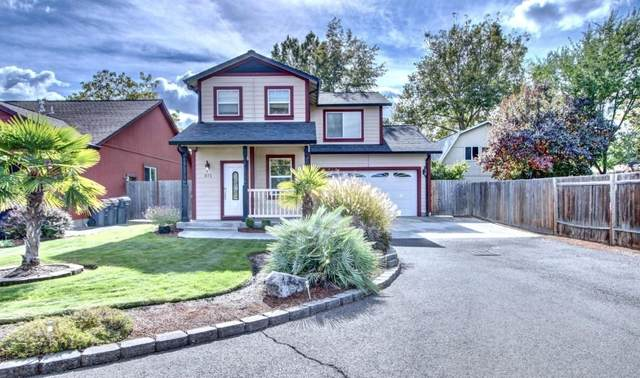 871 Marshall Avenue, Medford, OR 97501 (MLS #220111281) :: The Ladd Group