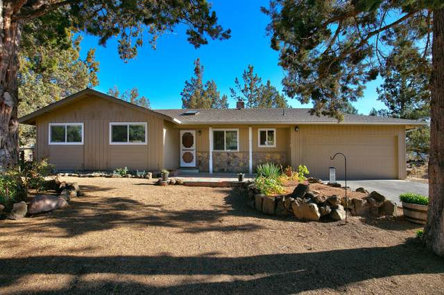 63922 Sunset Drive, Bend, OR 97703 (MLS #220111300) :: The Ladd Group