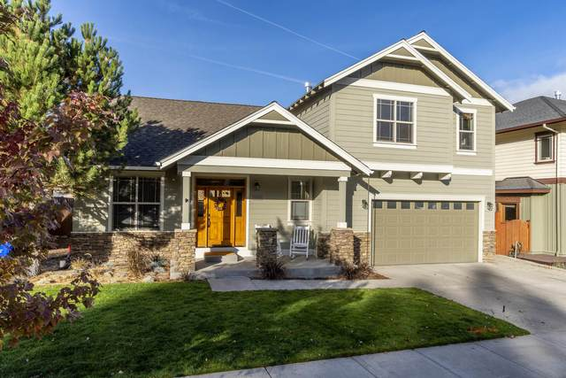 2083 NW Shiraz Court, Bend, OR 97703 (MLS #220111319) :: Fred Real Estate Group of Central Oregon