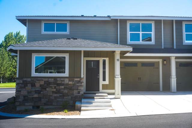 2755-SW Greens Boulevard #14, Redmond, OR 97756 (MLS #220111370) :: Berkshire Hathaway HomeServices Northwest Real Estate