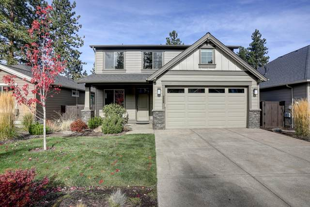 60432 Hedgewood Lane, Bend, OR 97702 (MLS #220111392) :: The Ladd Group