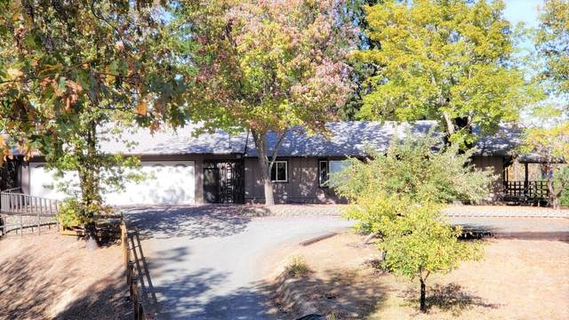 4226 Midway Avenue, Grants Pass, OR 97527 (MLS #220111400) :: The Payson Group