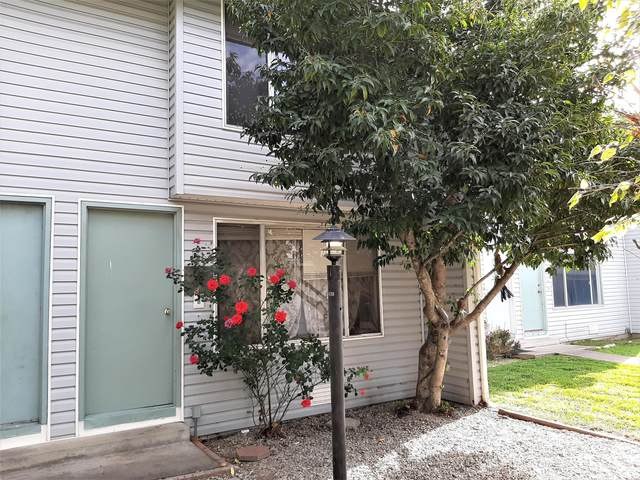 2000 Brookhurst Street Apt 30, Medford, OR 97504 (MLS #220111411) :: The Payson Group