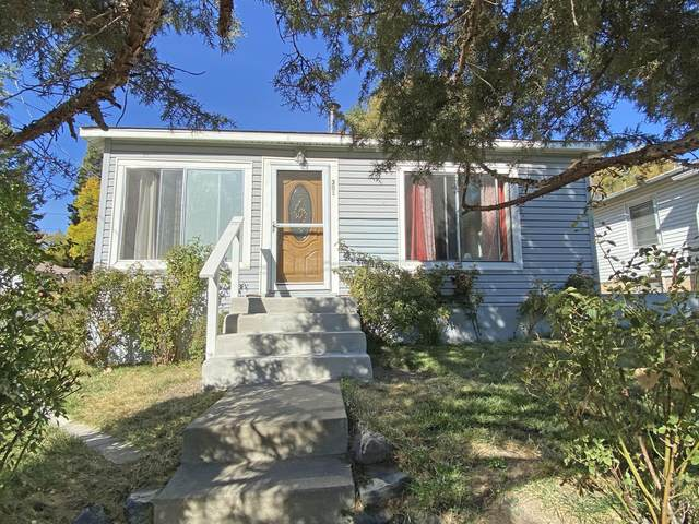 301 E Lowell Street, Klamath Falls, OR 97601 (MLS #220111454) :: Bend Relo at Fred Real Estate Group
