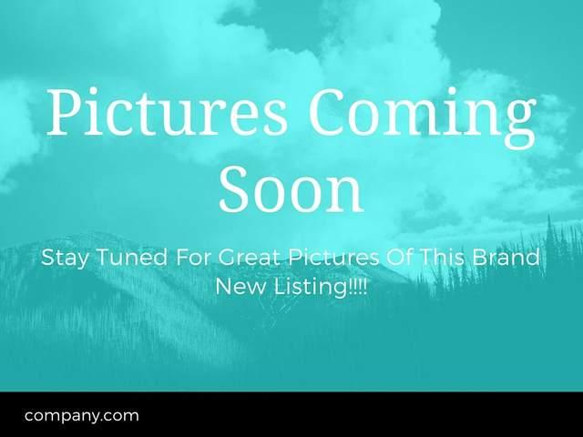 3242 SW Juniper Avenue, Redmond, OR 97756 (MLS #220111463) :: Premiere Property Group, LLC