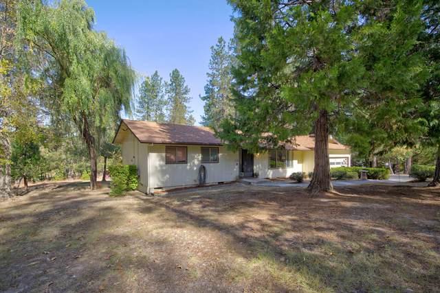 312 Carrollwood Drive, Grants Pass, OR 97527 (MLS #220111501) :: Stellar Realty Northwest