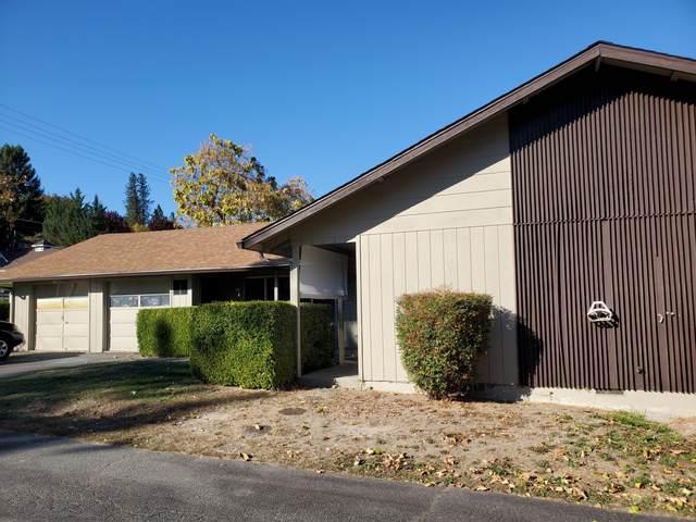 1223 &1227 NW A & B Highland Avenue, Grants Pass, OR 97526 (MLS #220111513) :: Stellar Realty Northwest