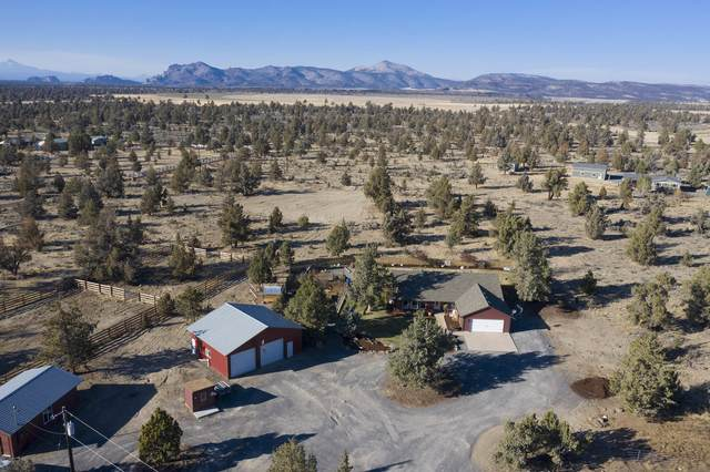 961 SW Bent Loop, Powell Butte, OR 97753 (MLS #220111526) :: The Ladd Group