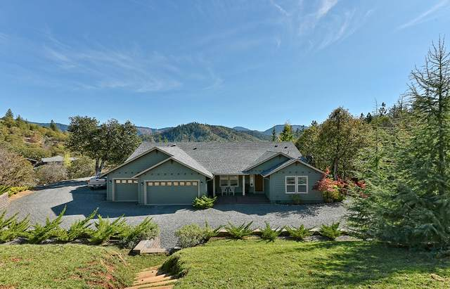 3674 Hosmer Lane, Gold Hill, OR 97525 (MLS #220111546) :: Top Agents Real Estate Company