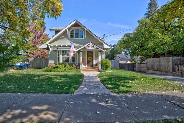 1009 NW Washington Boulevard, Grants Pass, OR 97526 (MLS #220111565) :: Coldwell Banker Sun Country Realty, Inc.