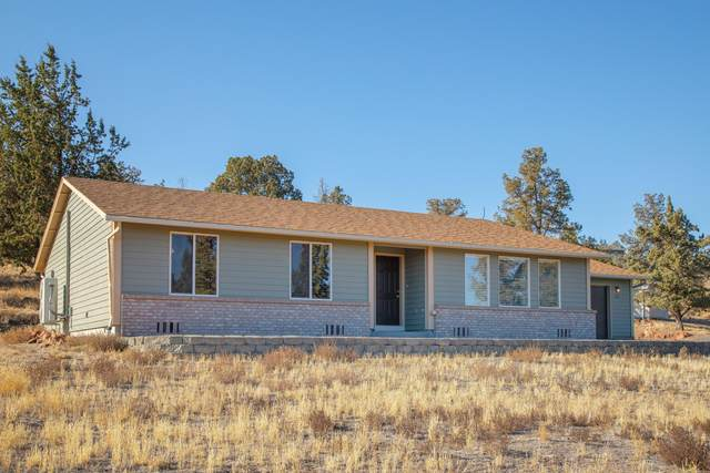 2010 SE Sagebrush Drive, Madras, OR 97741 (MLS #220111569) :: Central Oregon Home Pros