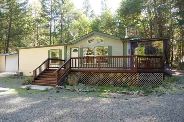 407 Briar Lane, Selma, OR 97538 (MLS #220111576) :: Berkshire Hathaway HomeServices Northwest Real Estate