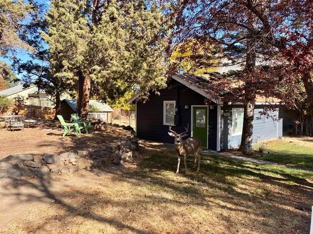 216-NW NW Linster Place, Bend, OR 97703 (MLS #220111594) :: Berkshire Hathaway HomeServices Northwest Real Estate