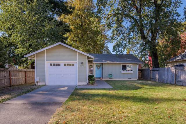 1248 SE South Park, Grants Pass, OR 97527 (MLS #220111608) :: FORD REAL ESTATE