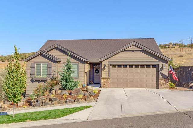1634 Palermo Street, Medford, OR 97504 (MLS #220111643) :: Berkshire Hathaway HomeServices Northwest Real Estate