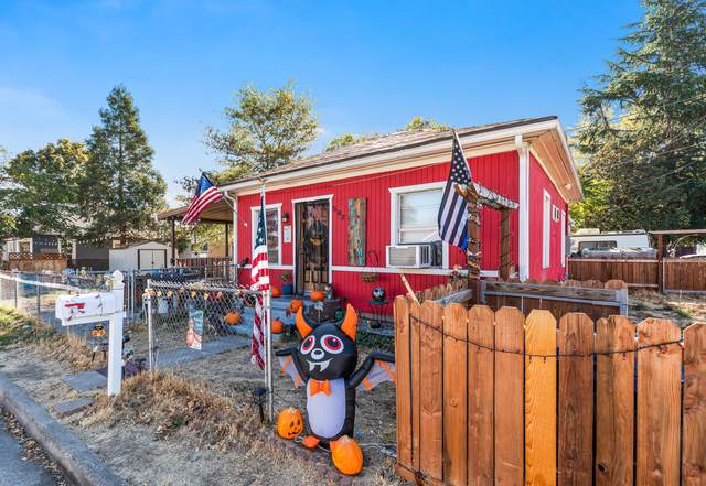 502 Alice Street, Medford, OR 97501 (MLS #220111646) :: Bend Homes Now