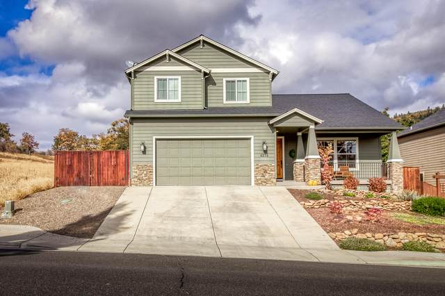4375 Vista Pointe Drive, Medford, OR 97504 (MLS #220111651) :: Bend Homes Now