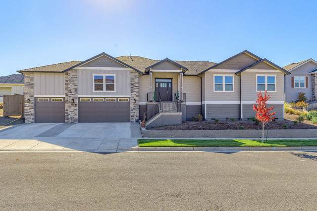 4776 Hathaway Drive, Medford, OR 97504 (MLS #220111674) :: Bend Homes Now