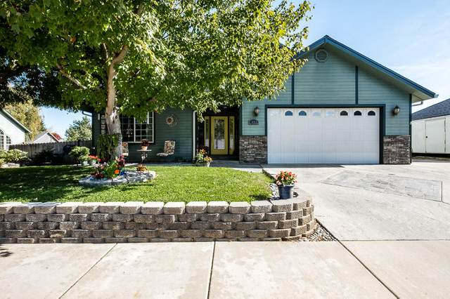 1052 Kensington Court, Central Point, OR 97502 (MLS #220111687) :: Central Oregon Home Pros