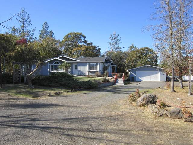 336 Ironwood Drive, Eagle Point, OR 97524 (MLS #220111691) :: FORD REAL ESTATE