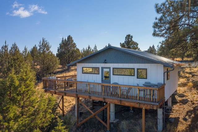 5220 SW Upper Canyon Rim Drive, Culver, OR 97734 (MLS #220111717) :: Team Birtola | High Desert Realty