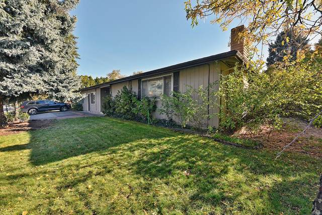 3050 E Mcandrews Road, Medford, OR 97504 (MLS #220111853) :: Top Agents Real Estate Company