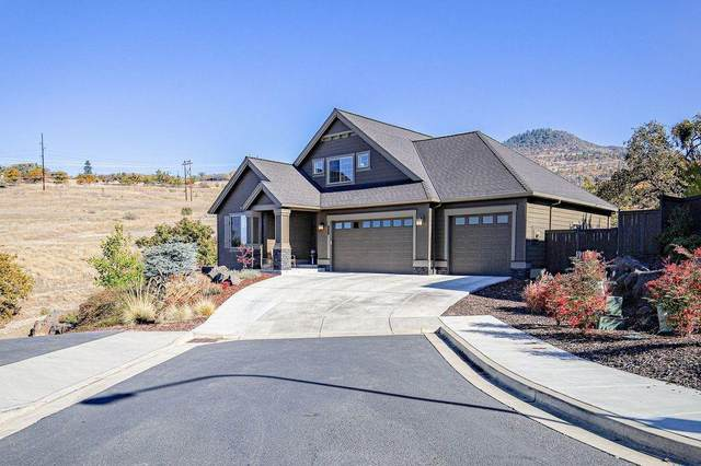 150 Sorrento Lane, Medford, OR 97504 (MLS #220111864) :: Windermere Central Oregon Real Estate