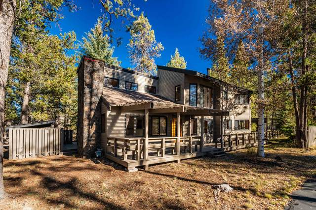57664 Golden Eagle Lane, Sunriver, OR 97707 (MLS #220111880) :: Coldwell Banker Bain