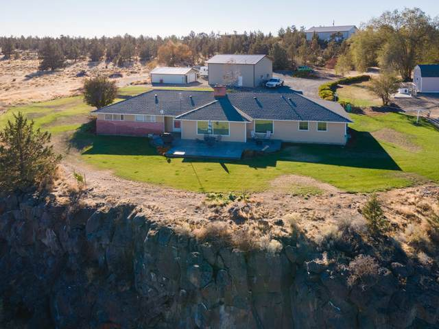 20101 NW O'neil Highway, Redmond, OR 97756 (MLS #220112042) :: The Riley Group