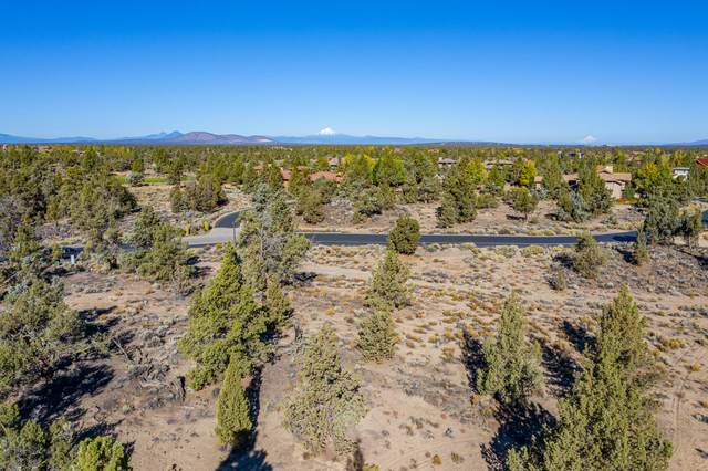 Lot 31 Pronghorn Estates Drive Lot 31, Bend, OR 97702 (MLS #220112060) :: Coldwell Banker Bain
