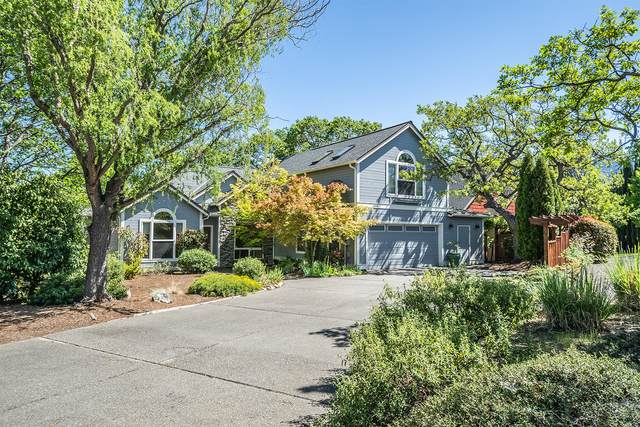 634 Sutton Place, Ashland, OR 97520 (MLS #220112141) :: The Payson Group