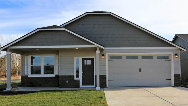 494-NW 31st Street, Redmond, OR 97756 (MLS #220112282) :: Top Agents Real Estate Company