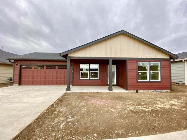 1001 NE Whistle Way, Prineville, OR 97754 (MLS #220112333) :: Central Oregon Home Pros