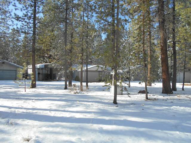 50893 Deer Forest Drive, La Pine, OR 97739 (MLS #220112394) :: Fred Real Estate Group of Central Oregon