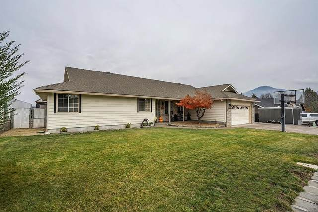 1849 Garden Drive, Medford, OR 97504 (MLS #220112649) :: The Payson Group