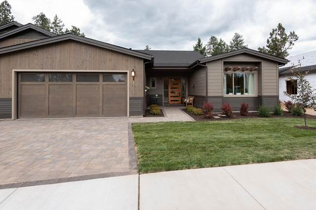 20331 SE Jack Benny Way, Bend, OR 97702 (MLS #220112816) :: Fred Real Estate Group of Central Oregon
