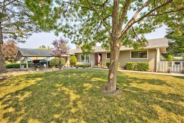 2157 Haviland Drive, Grants Pass, OR 97527 (MLS #220112848) :: The Ladd Group
