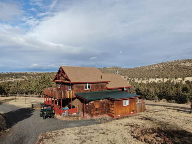 7833 SE Walther Loop, Prineville, OR 97754 (MLS #220112897) :: Bend Relo at Fred Real Estate Group