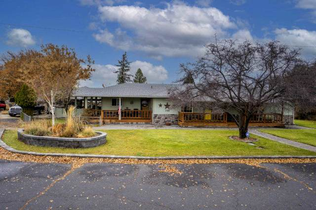 790 NE Crest Drive, Prineville, OR 97754 (MLS #220112982) :: Bend Relo at Fred Real Estate Group