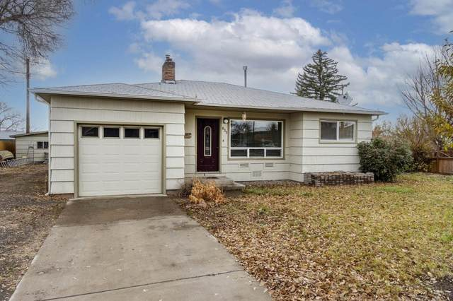 835 NE Clifton Avenue, Prineville, OR 97754 (MLS #220113003) :: Top Agents Real Estate Company