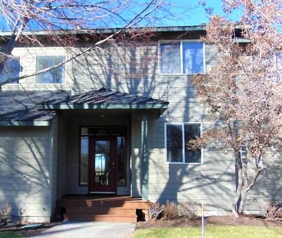 1148 Golden Pheasant Drive, Redmond, OR 97756 (MLS #220113071) :: Vianet Realty
