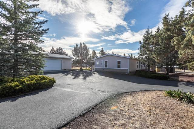 12274 SW Peninsula Drive, Terrebonne, OR 97760 (MLS #220113089) :: Bend Homes Now