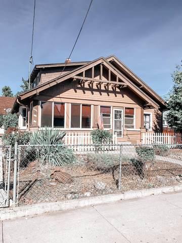 927 Jefferson Street, Klamath Falls, OR 97601 (MLS #220113183) :: Team Birtola | High Desert Realty