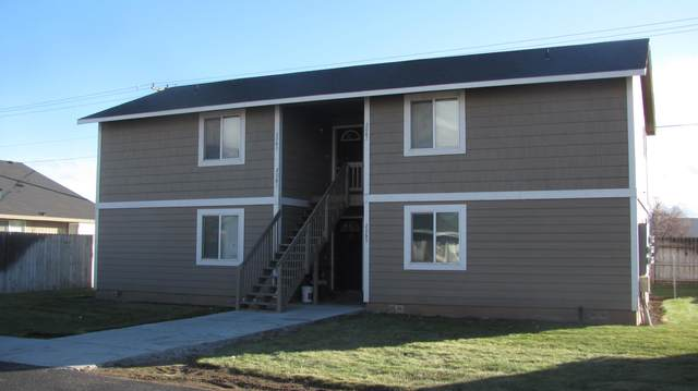 2061 NE Wolverine Loop, Prineville, OR 97754 (MLS #220113190) :: Premiere Property Group, LLC