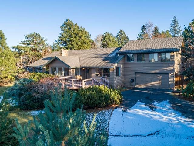 61512 West Ridge Avenue, Bend, OR 97702 (MLS #220113204) :: Coldwell Banker Bain